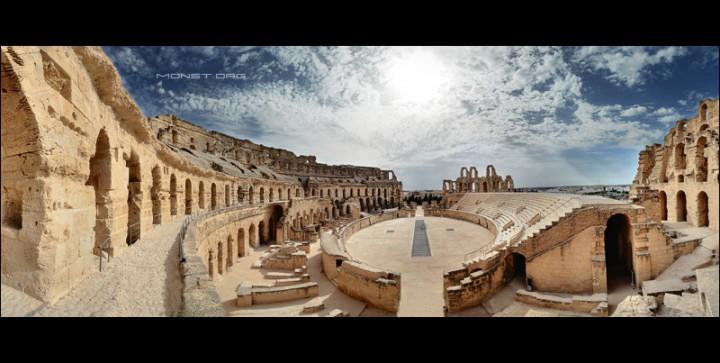 Тунис. Колизей в El Jem.